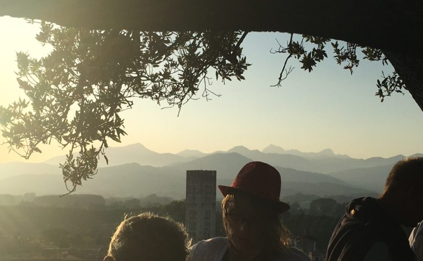 Friday night in Lucca? Aperitivo and Music on top of the Guinigi Tower!
