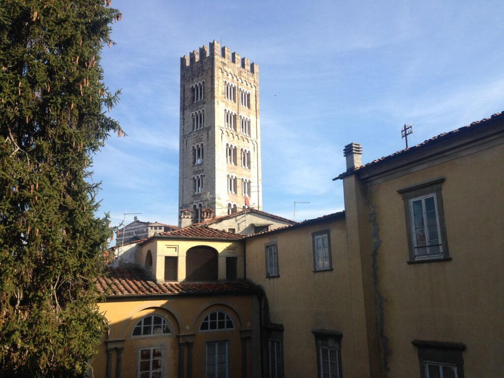 A new tower to climb in Lucca Tuscany